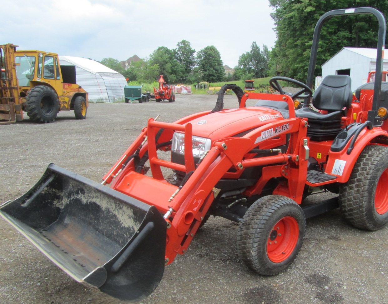 Tractorland Inc , Equipment Dealer, Gormley, ON, Kioti, IHI